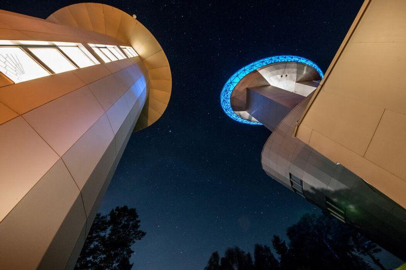 Pažintis su dangaus objektais ir žvaigždynais. Molėtų observatorija – Dangaus šviesulių stebykla – Etnokosmologijos muziejus