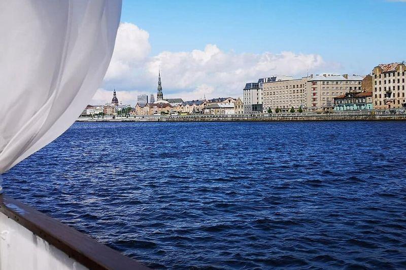 Pažintinė verslo kelionė kolektyvams po Latviją: Plaukimas laivu - zoologijos sodas - Rygos senamiestis