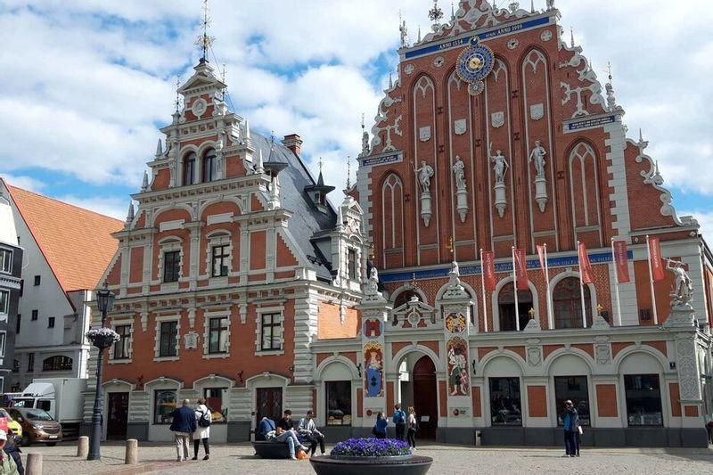 Pažintinė verslo kelionė kolektyvams po Latviją: Plaukimas laivu - Pirklių namai - Rygos senamiestis - Vaizdai iš aukštai