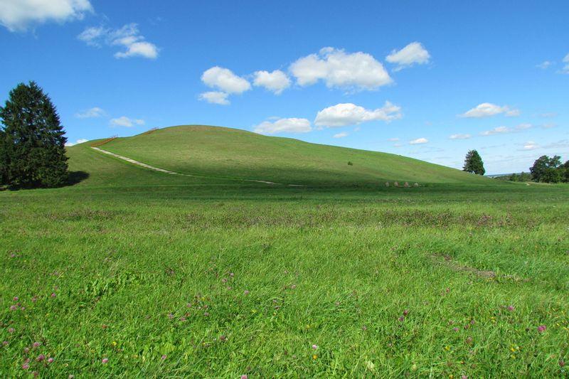 Pažintinė savaitgalio kelionė iš Vilniaus: Naktinis žygis – ėjimas kulgrinda - Šatrijos kalnas - Medvėgalis